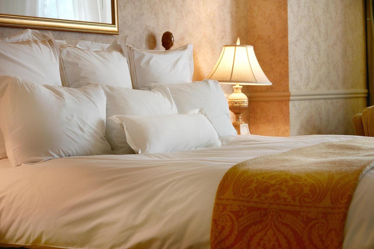 Camera da letto elegante - Biancheria OK