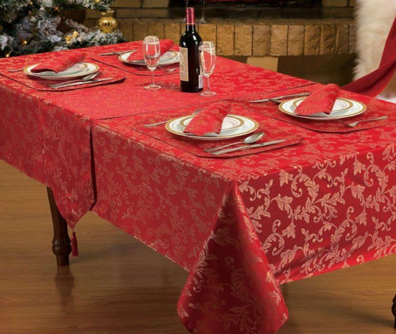 Come scegliere la tovaglia di Natale