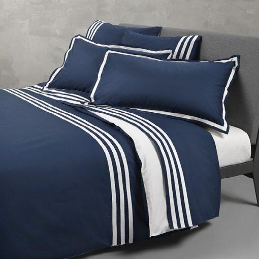 Completo lenzuola matrimoniali blu Hilton Mirabello