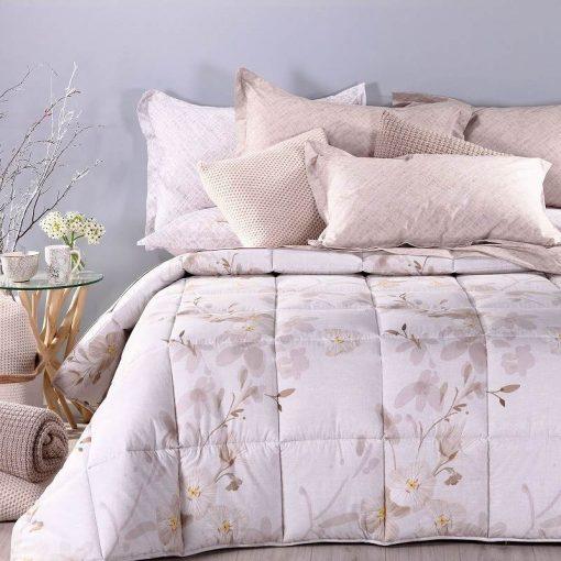 Trapunta Caleffi Matrimoniale color Naturale Giava con delicati fiori