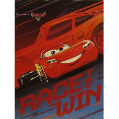 Plaid bambino Cars Race to Win